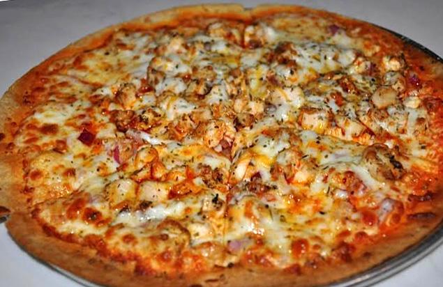 Buffalo Chicken Pizza - Irish Mutt